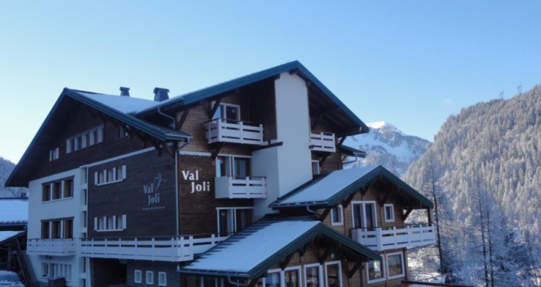 val joli - hiver site web.jpg